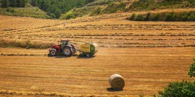 Sfaturi pentru achizitia de anvelope agricole